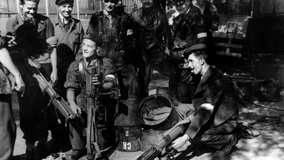 O co według współczesnych Polaków walczyli powstańcy warszawscy?