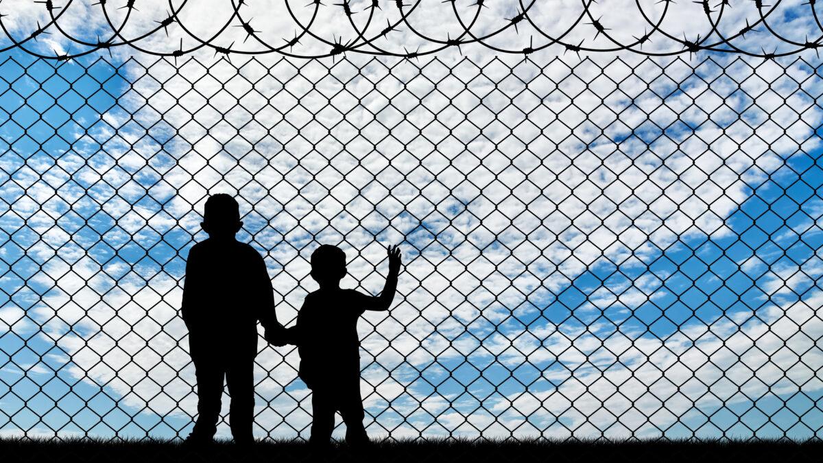Wojna hybrydowa czy kryzys humanitarny? Co Polacy sądzą o uchodźcach i migrantach?